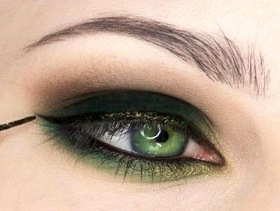 green-eye-makeup-8