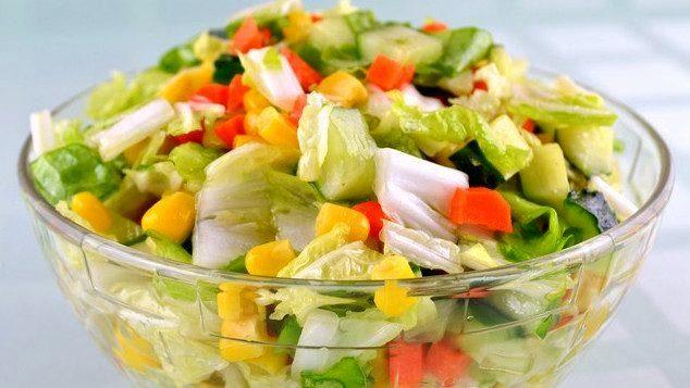 1372321646_ovoshnoy-salat-cvetnoy
