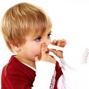 Средний отит с выпотом можно лечить с помощью носового баллона