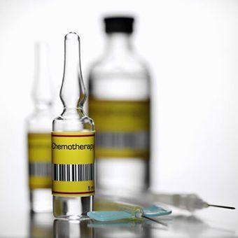 химиотерапия рака, ампулы с препаратом