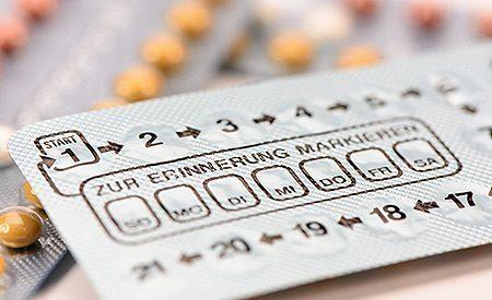 vizivayut-li-protivozachatochnie-tabletki-psoriaz