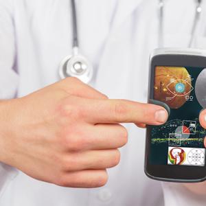 Приложение в смартфоне выявляет заболевания глаз и направляет пациентов к специалисту.