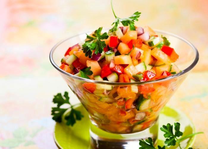 салат из мускусной дыни
