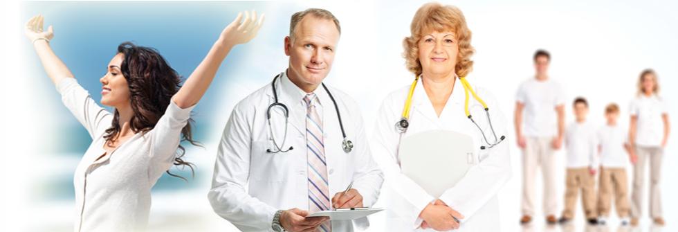 счастливые врачи лекарста вакцины