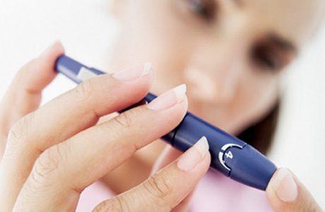 Как измерить уровень сахара в крови в домашних условиях