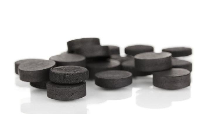 Активированный уголь от прыщей на лице – как принимать? Маска от прыщей с активированным углем