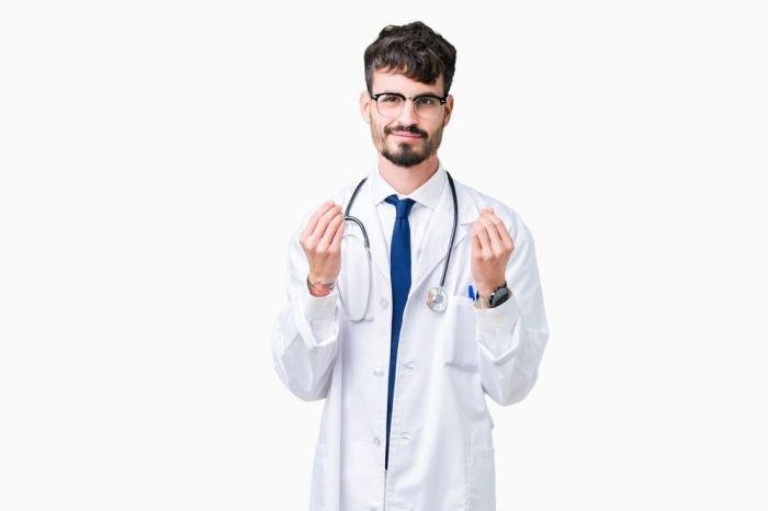 Change.org собирает подписи под петицией президенту о повышении базовых зарплат медикам
