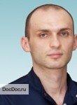 врач Бостанов Эльдар Альбертович