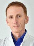 врач Усеинов Рустем Куртумерович