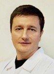 врач Уваров Александр Николаевич