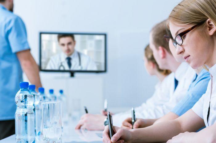 Справки и медицинские заключения можно будет выдавать в электронной форме