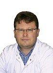 врач Тараторкин Валентин Валентинович