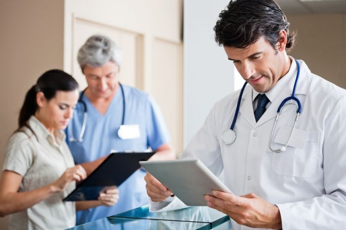 Пенсионный фонд утвердил форму подачи сведений о работающих с больными COVID-19 медиках