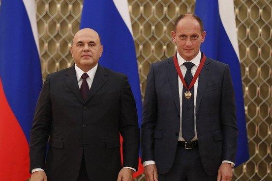 Михаил Мишустин вручил награды работникам здравоохранения
