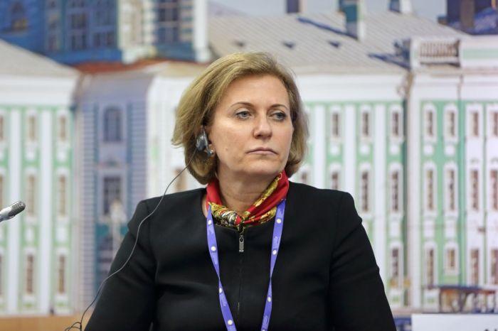 Анна Попова ввела масочный режим по всей России и усилила другие меры борьбы с коронавирусом