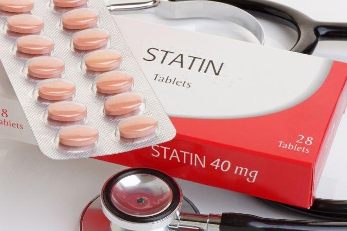 Ученые получили противоречивые данные по использованию статинов при COVID-19